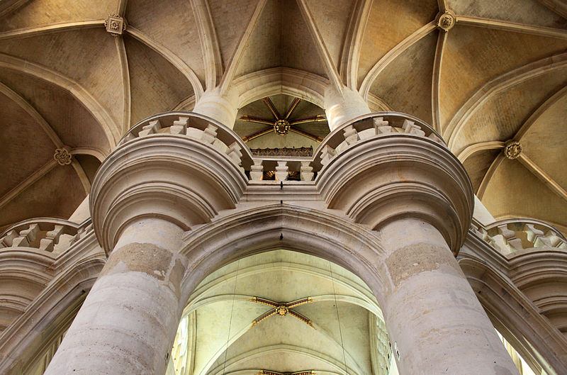 Church arches commons
