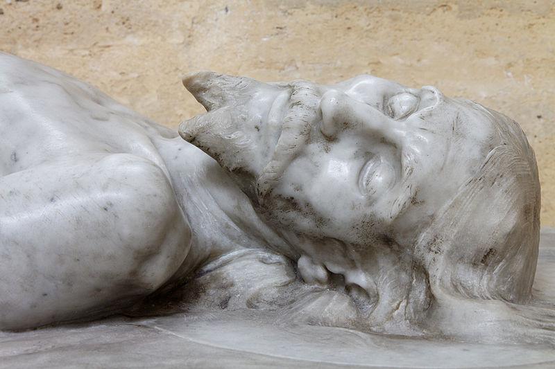 Dead Christ statue